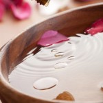 4 Homemade Rose Water Toner Recipes That Your Skin Will Just Love