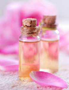 Homemade rose water toner recipes suitable for all types of skin